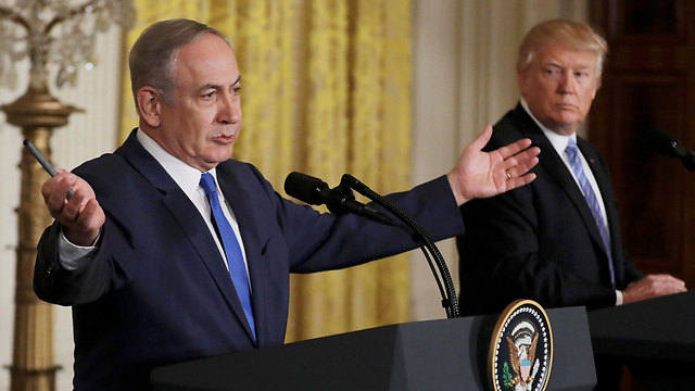 Netanyahu with Trump, raising the possibility of using the Costa Rican model (Photo: Reuters)