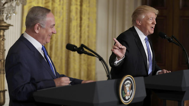 Only a president like Trump can decide to hold his first press conference with the Israeli prime minister before sitting down to talk to him (Photo: Reuters)
