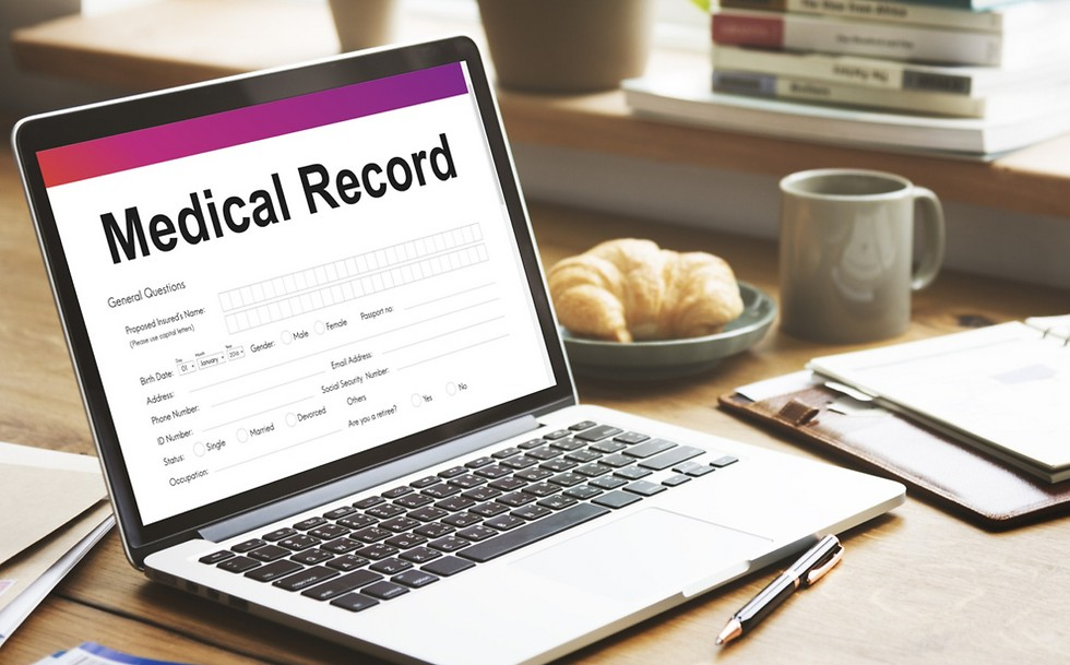 להעביר את המידע הרפואי מרמת החולה היחיד לבניית מאגר נתונים של חולים רבים  (צילום: shutterstock)