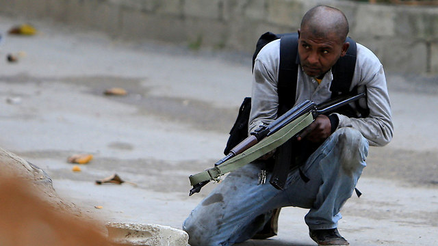 Fatah activist in Ain el-Hilweh camp (Photo: Reuters)