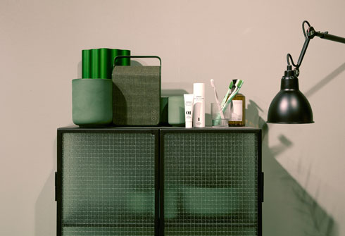 ההמלצה: מעט פריטים, שנבחרים בקפידה (Stockholm Furniture & Light Fair 2017 צלם: Mathias Nero)