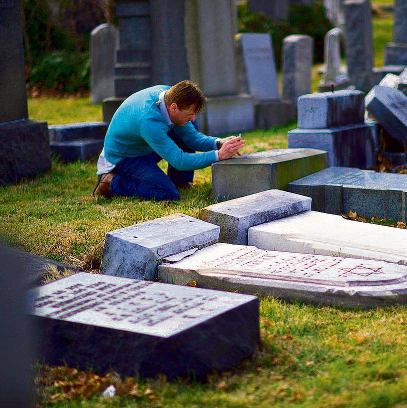 Toppled headstones in Jewish cemetery in Philadelphia (Photo: AFP)