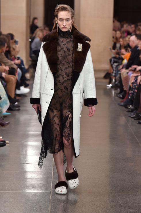 כשאופנה פוגשת אנטי-אופנה. כריסטופר קיין (צילום: Gettyimages)
