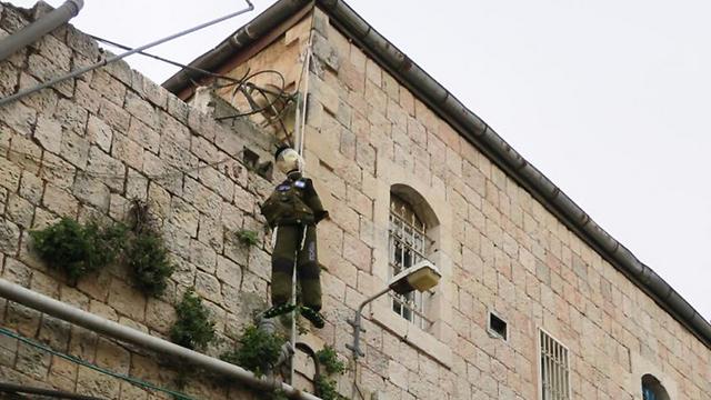 Effigy of a hanged IDF soldier (Photo: Kikar HaShabbat) (Photo: Kikar HaShabbat)