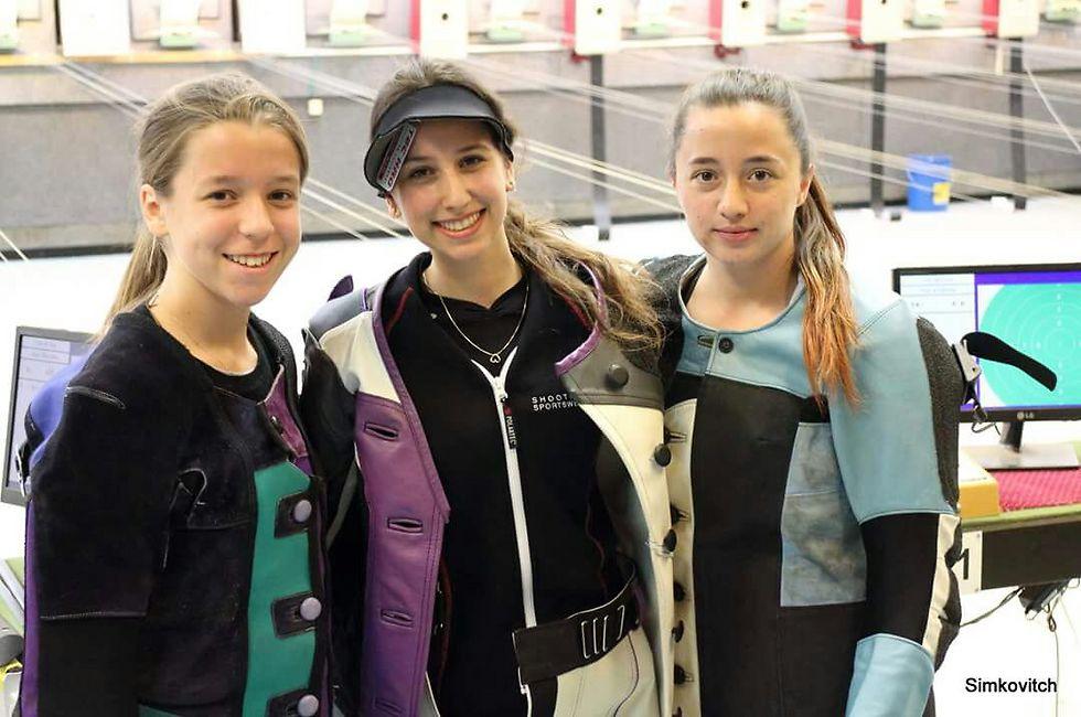 אנגלר בחוד החנית של הקלעיה הנשית בישראל (צילום: גיל סימקוביץ')