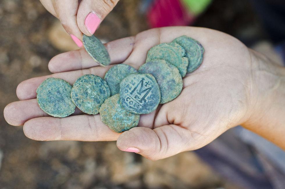 (Photo: Yoli Shwartz, courtesy of the Israel Antiquities Authority)