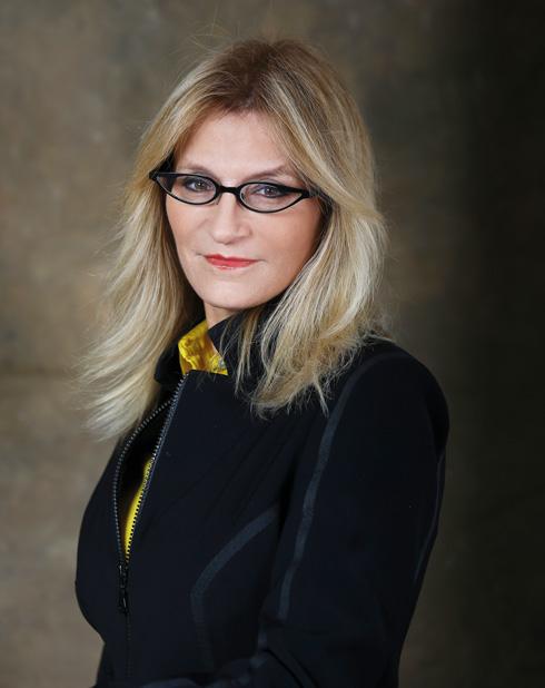"""עו""""ד אירית רוזנבלום, מייסדת ארגון """"משפחה חדשה"""". זוכת פרס רפפורט לעשייה מחוללת שינוי ורבת שנים (צילום: אביגיל עוזי)"""