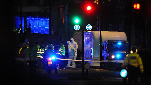 אזור הפיגוע בלונדון, אמש (צילום: AFP)