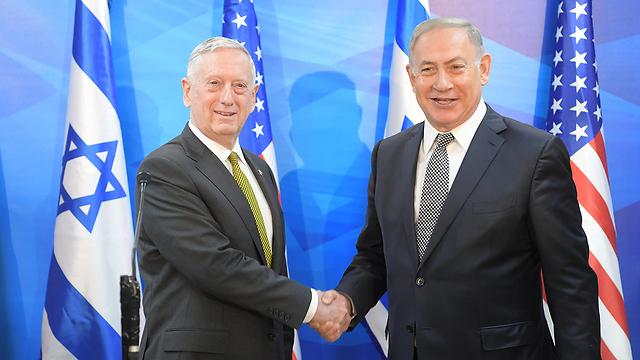 """ראש הממשלה נתניהו והשר מאטיס, היום (צילום: עמוס בן גרשום, לע""""מ)"""