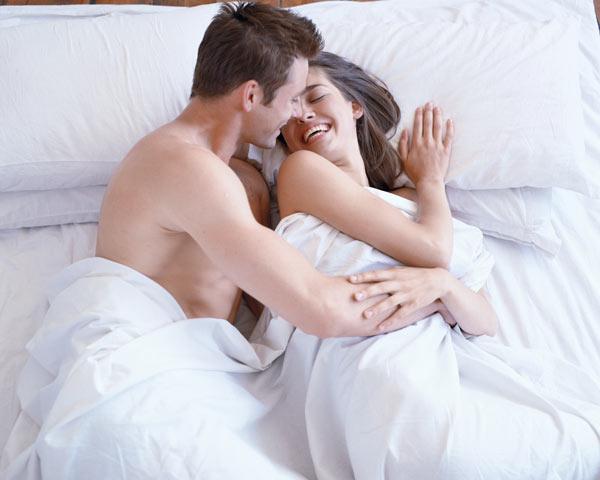 מאוד מכעיס שאת אשכרה רוצה לבלות זמן עם בן הזוג שלך (צילום: thinkstock)