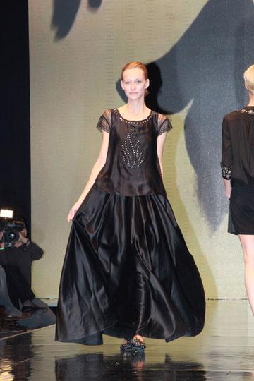 התצוגה של טובהל'ה בשבוע האופנה בתל אביב (צילום: עמי סיאנו)