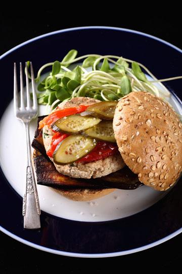המבורגר טופו ( צילום:כפיר חרבי, סגנון: דלית מרחב )