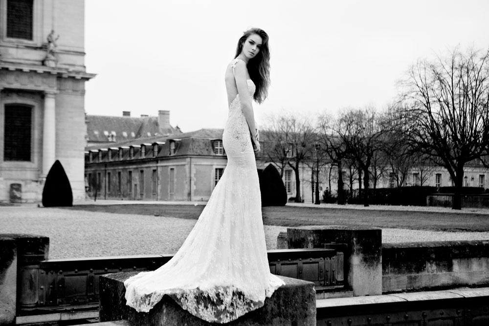 שמלה עם שובל מעודן (צילום: גלעד סספורטה)