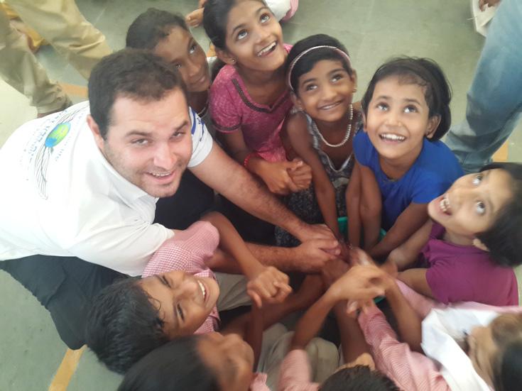 """""""הילדים היו נהדרים, כל כך אוהבים וכל כך חמודים"""" (באדיבות ארגון ''לוחמים ללא גבולות'')"""