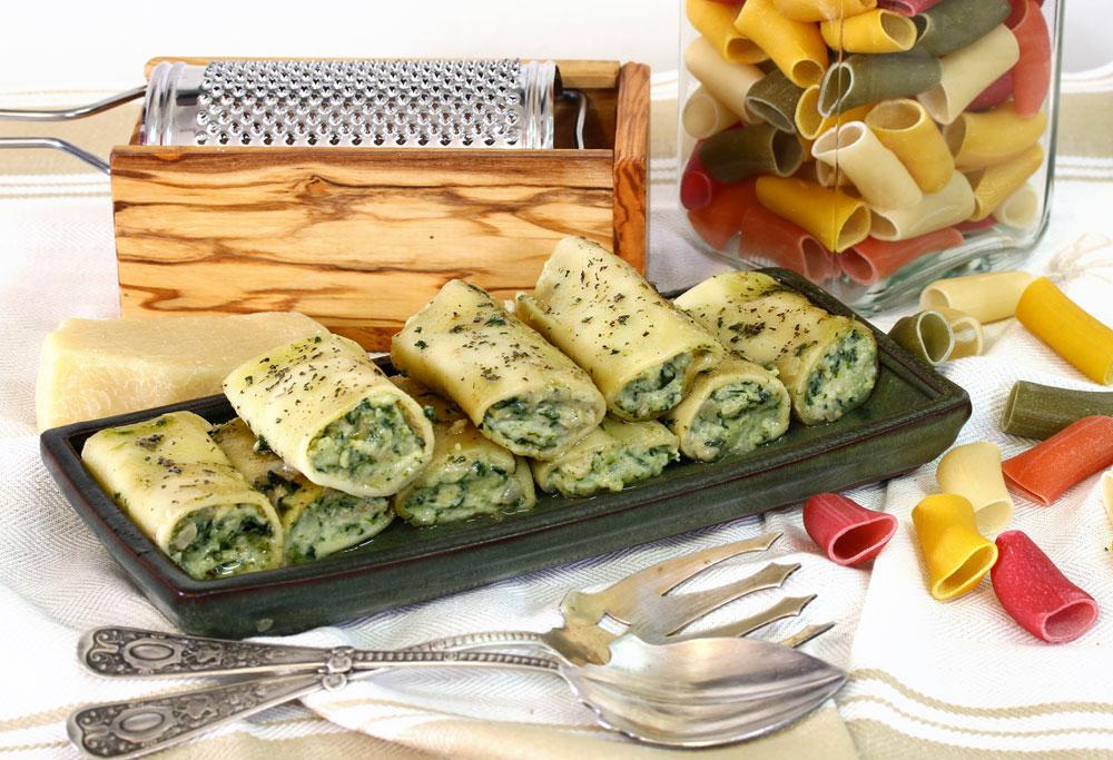 קנלוני גבינות עם תרד (צילום: אסנת לסטר)