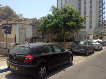 רחוב הושע. יהפוך לשורה של בתים בני 10-12 קומות (צילום: נעמה ריבה)