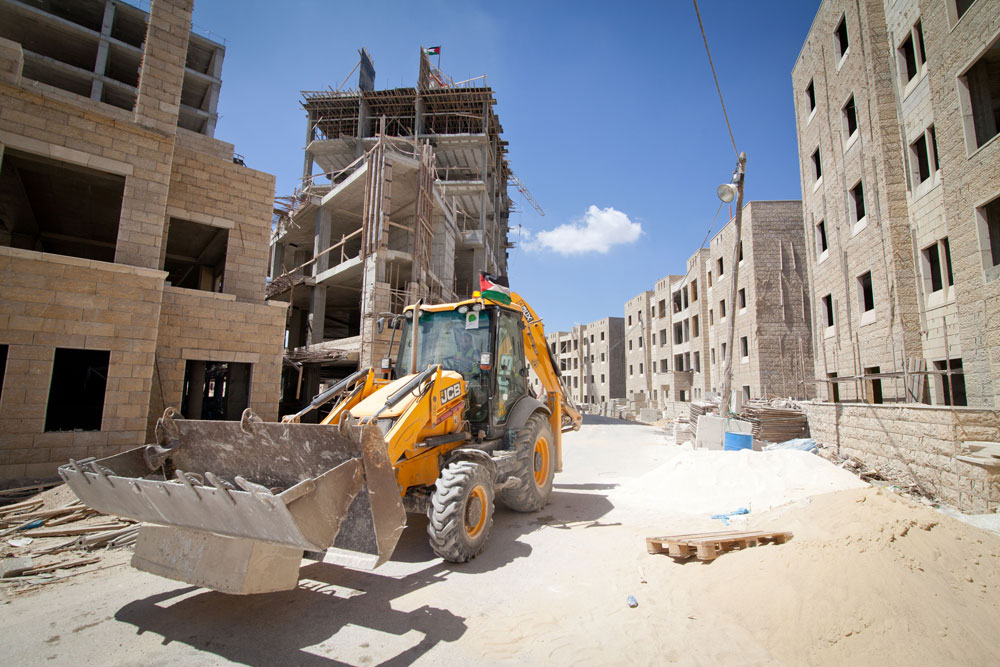רוואבי היא יוזמה פרטית: היזם המקומי הוא בשאר אל-מסרי (52), יליד שכם ובן לאחת המשפחות הפלסטיניות העשירות, שמעורב באמצעות חברת Massar International בפרויקטי בנייה חובקי עולם  (צילום: דור נבו)