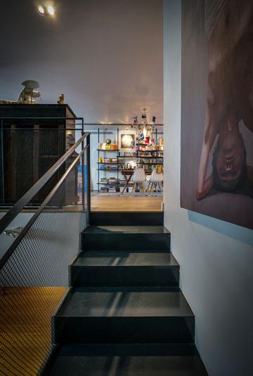 המראה לעולים מקומת המרתף (צילום: איתי סיקולסקי)