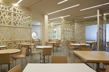 גם בדרום: המנזה באוניברסיטת בן גוריון, בעיצוב ''ברנוביץ-אמית'' (צילום: עמית גרון)
