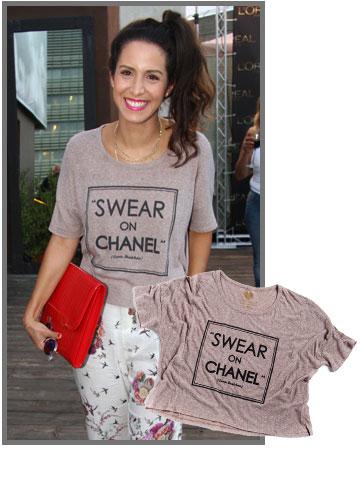 שי-לי שינדלר קז'ואלית ומגניבה בחולצה של peekaboo-tshirt (מחיר: 189 שקל) (צילום: אסף לב, איליה מלניקוב)