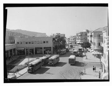 בית הקרנות ברחוב הרצל. אדריכל: יוסף קלארווין (באדיבות מוזיאון חיפה)