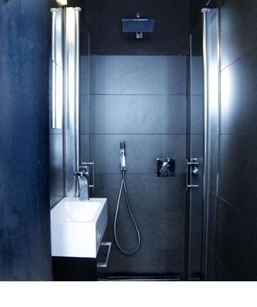 מקלחת הורים דרמטית (צילום: אדם שרז)