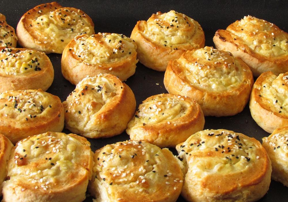 שבלולי גבינה מלוחים (צילום: חיה אילונה דר)