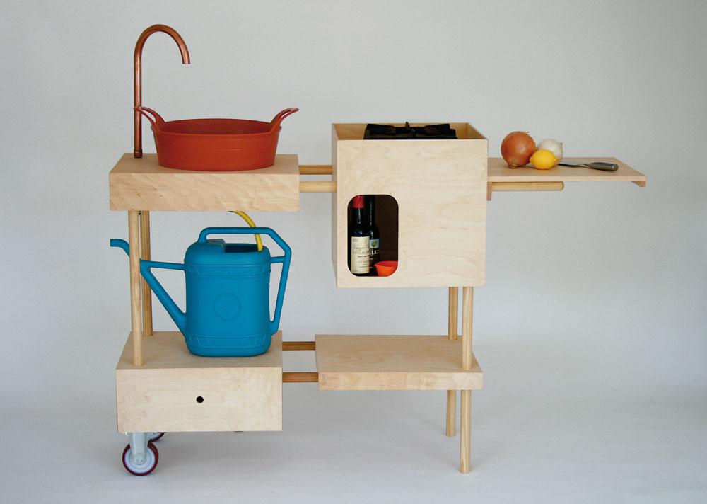 המטבח הנייד של סטודיו Mama. נראה פשוט, אבל לא קל לביצוע (מתוך הספר DIY Furniture 2, באדיבות הוצאת Laurence King)