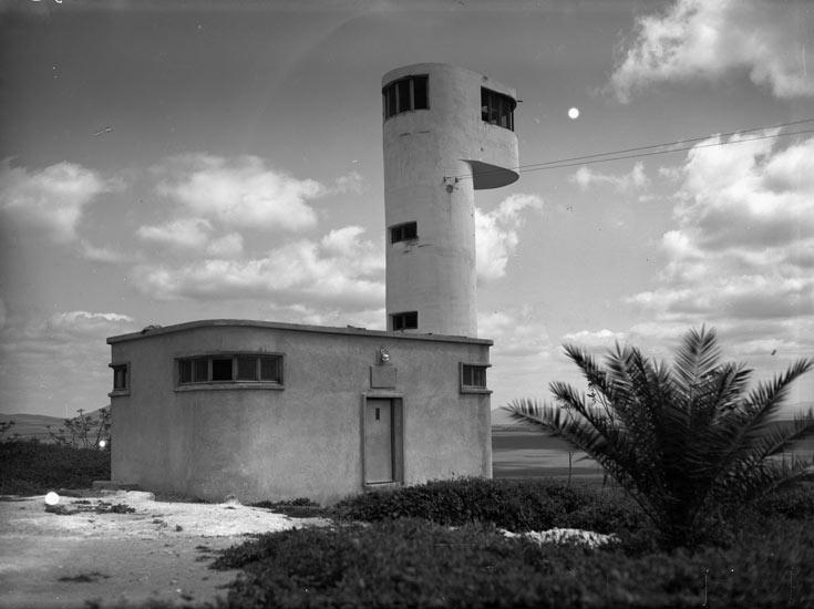 90 שנה לגניגר, כמעט 80 שנה למגדל: הגיע הזמן לכבד את המורשת האדריכלית של הקיבוצים לפני שהיא תימחק (צילום: צבי פייגין, ארכיון הצילומים קקל)