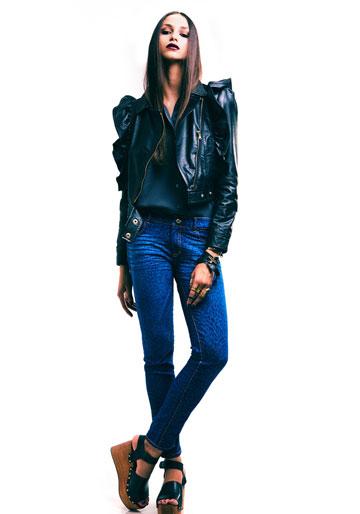 ביאנקו ג'ינס. מכנסיים יומיומיים בגימורים טובים ( צילום: דין אבישר )