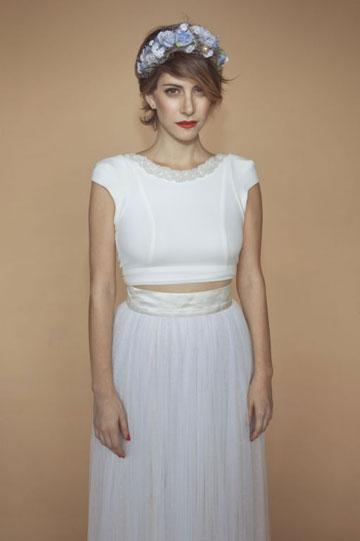 כל השמלות עד 3,000 שקל. דפנה לוסטיג לובשת נתנאל זיקרי (צילום: דביר כחלון)