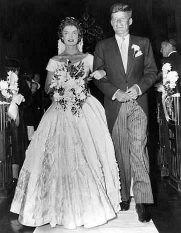 ג'ון וג'קי קנדי בחתונתם. הזוג המלכותי (צילום: gettyimages)