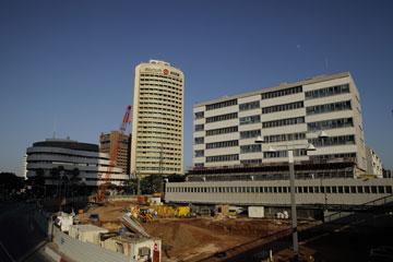 """בית המשפט. בשל מצוקת מקום בבניין, מתוכננת הקמתו של """"מגדל בית המשפט"""" (צילום: אמית הרמן)"""
