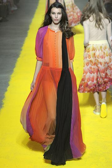 תצוגת אביב-קיץ 2012 של סוניה ריקל. פלטת צבעים יפהפייה (צילום: gettyimages)