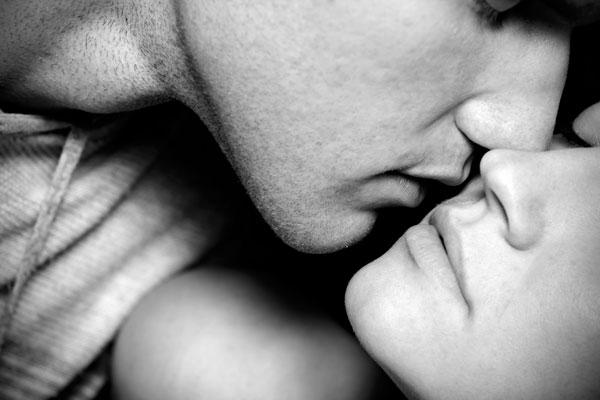 כל מה שאתה צריך זה לדעת לנשק. השאר כבר יבוא מעצמו (צילום: shutterstock)