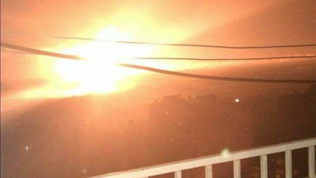 Robbanások ráztak meg egy légibázist Damaszkusz mellett – Izraeli támadott