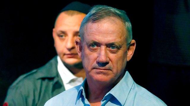 Kettévált az izraeli Cionista Tábor nevű választási koalíció, Naftali Bennet és Ajelet Saked saját pártot indított Új Jobboldal néven