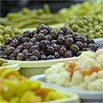 ירקות מוחמצים, דוגמא לתסיסה במזון הנעשית במכוון.