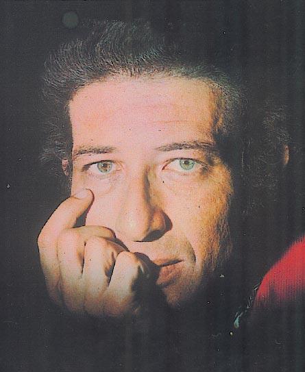 הלחין את שירו הראשון בגיל 17. נחצ'ה היימן בצעירותו ()