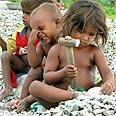 ילדים רעבים בהודו