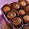 אכילת שוקולד גורמת לתחושות של הנאה ועונג