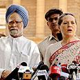סוניה גנדי, ראש מפלגת הקונגרס ומנמוהן סינג, ראש ממשלת הודו
