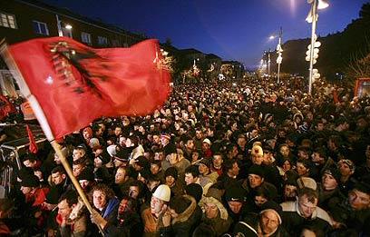 חגיגות העצמאות של קוסובו ב-2008 (צילום: רויטרס) (צילום: רויטרס)