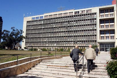 בניין ההסתדרות בתל-אביב (צילום: עופר עמרם) (צילום: עופר עמרם)