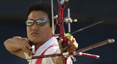 פארק קיונג מו. אחד מהספורטאים הבולטים בענף (צילום: AP) (צילום: AP)