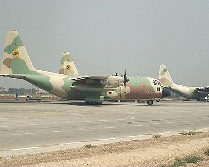 שדה התעופה הצבאי בנבטים. חשש ממטוסים אזרחיים באזור (צילום: אוהד אבידן) (צילום: אוהד אבידן)