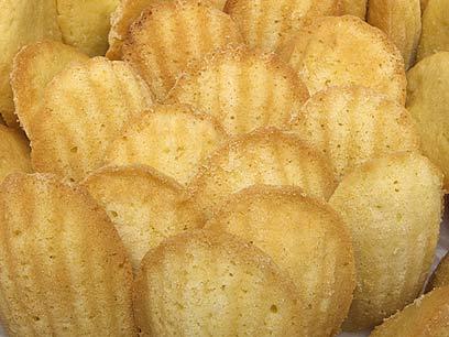 אהב גם אותן וגם את הקוק מסייה. עוגיות המדלן של מרסל פרוסט (צילום: mct) (צילום: mct)