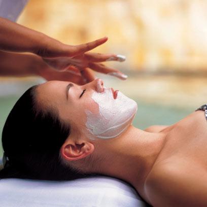 אישה צעירה עם עור צח לא ממש תצטרך טיפול קוסמטי (צילום: index open) (צילום: index open)