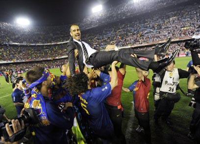 זיכרונות מ-2009. גווארדיולה (צילום: AFP) (צילום: AFP)
