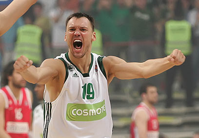 קלע העונשין הטוב בהיסטוריה של היורוליג (צילום: sportime.gr) (צילום: sportime.gr)